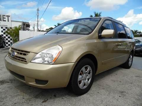 2009 Kia Sedona for sale in West Palm Beach, FL