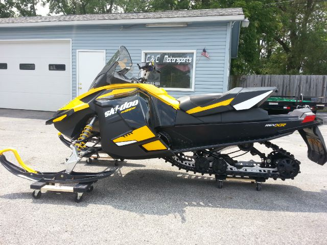 2012 Ski-Doo MXZ 12004TEC TNT ES