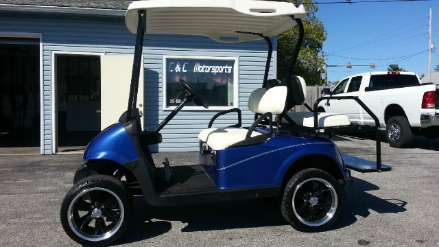 2009 EZGO CUSTOM  GAS GOLF CART RXV --- GAS
