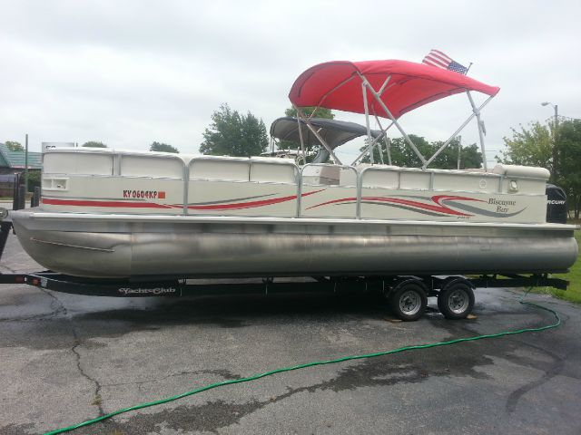 2010 MISTY HARBOR BISCAYNE BAY 2585CS