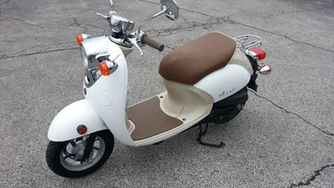2009 Yamaha VINO 50 CLASSIC // 690 MILES !