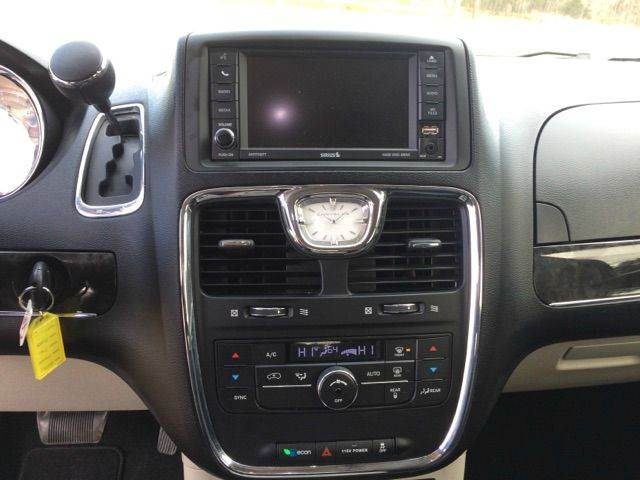 2016 Chrysler Town and Country Touring 4dr Mini-Van - Mountain Home AR