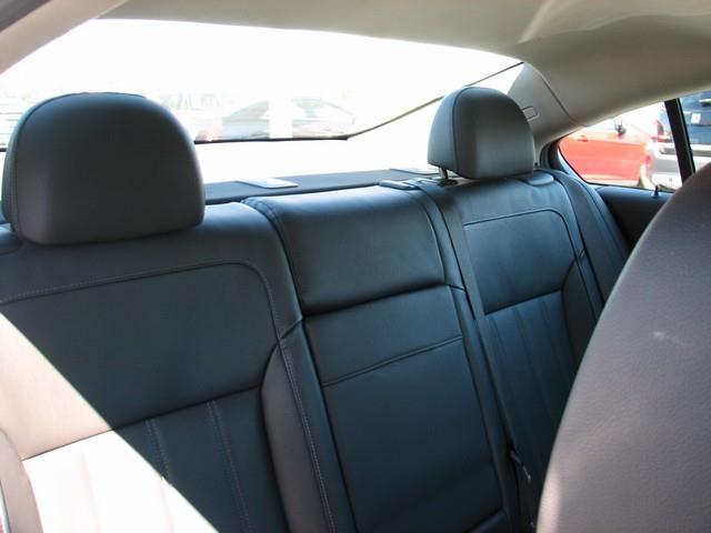 2011 Buick Regal CXL Turbo 4dr Sedan w/TO2 - Warren MI