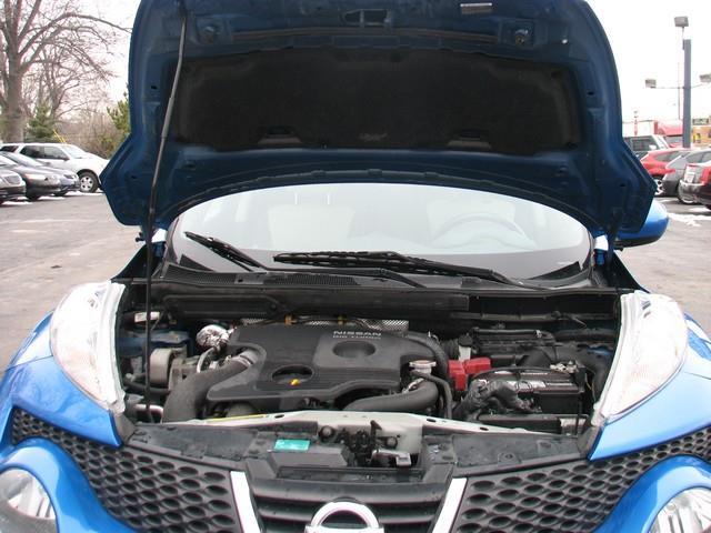 2011 Nissan JUKE AWD SV 4dr Crossover - Warren MI