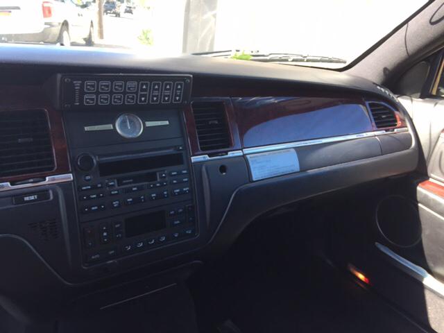 2005 Lincoln Town Car Executive Livery Fleet 4dr Sedan - West Islip NY