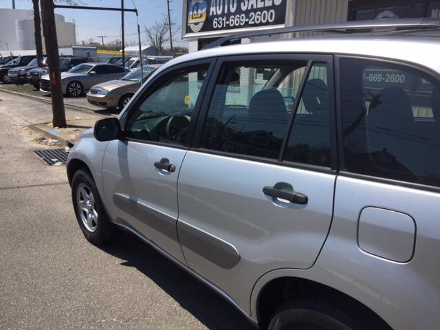 2005 Toyota RAV4 Base 4dr SUV - West Islip NY