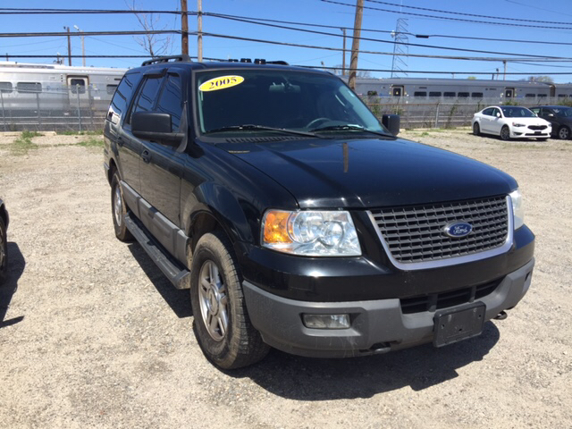 2006 Ford Expedition XLT 4dr SUV 4WD - West Islip NY
