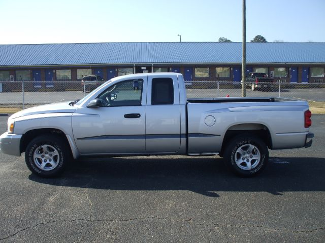 2005 Dodge Dakota