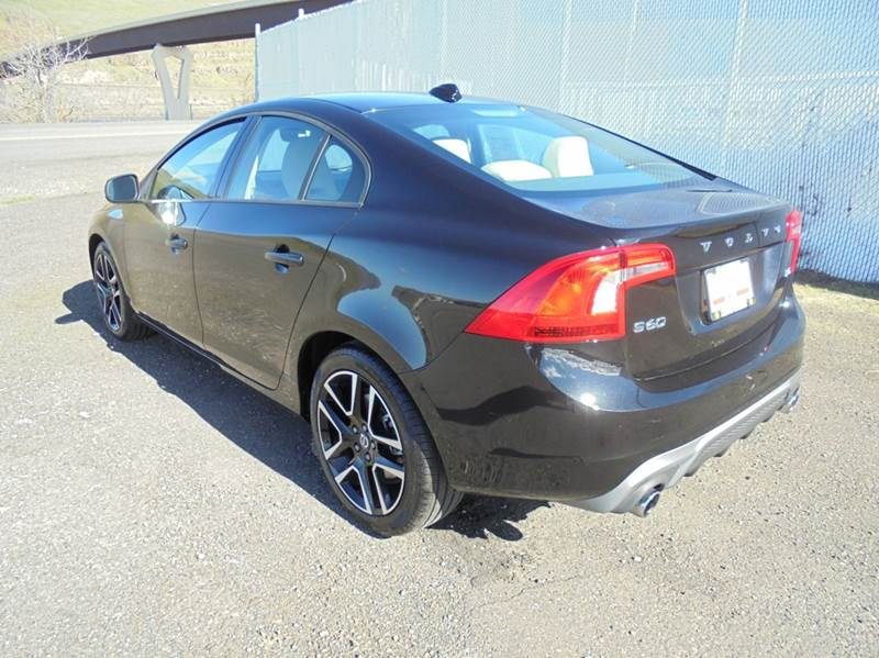 2017 Volvo S60 T5 Dynamic 4dr Sedan - Clarkston WA