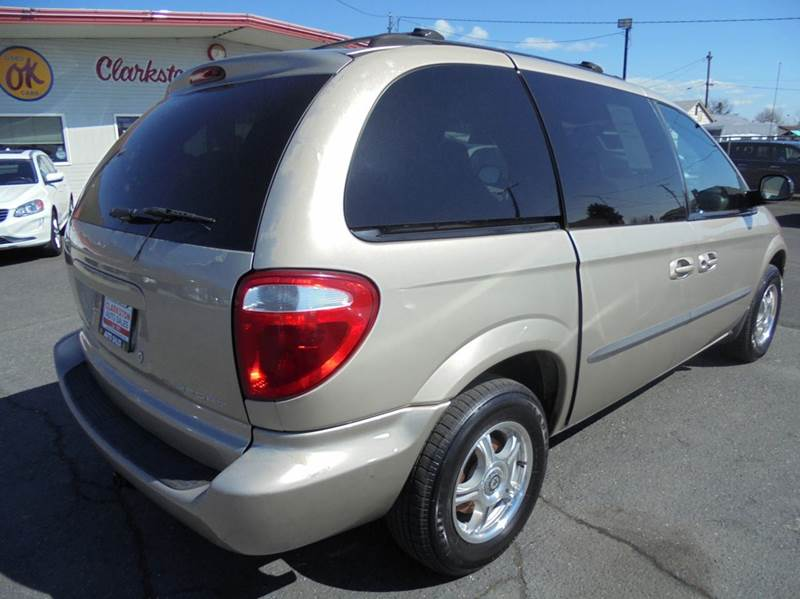 2002 Dodge Caravan Sport 4dr Mini-Van - Clarkston WA