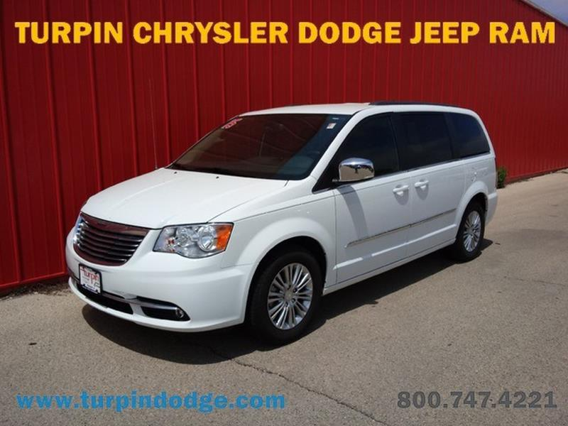 Used chrysler for sale in dubuque ia for Richardson motors dubuque iowa