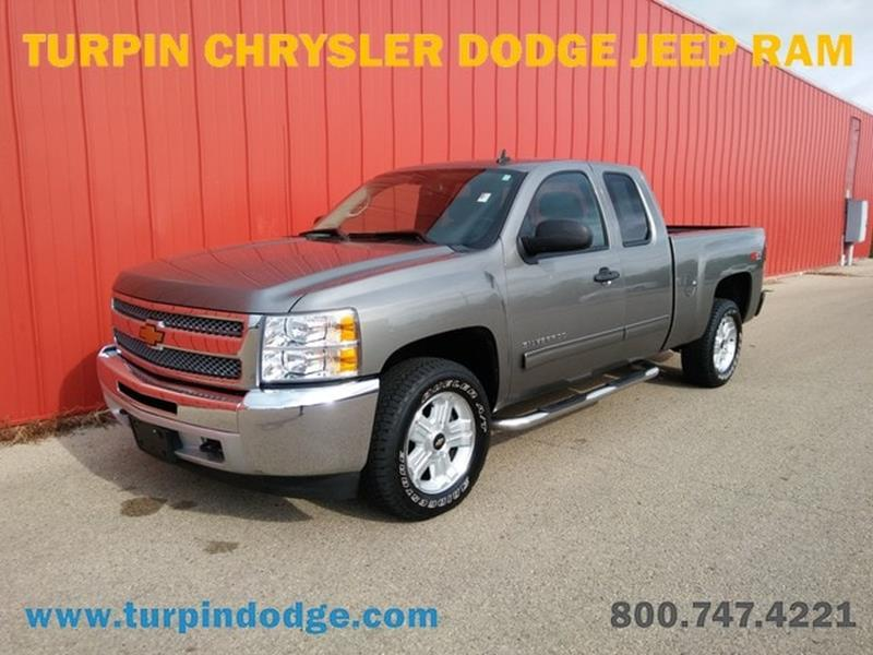 Used chevrolet trucks for sale in dubuque ia for Richardson motors dubuque iowa