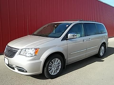 2013 Chrysler Town and Country for sale in Dubuque, IA