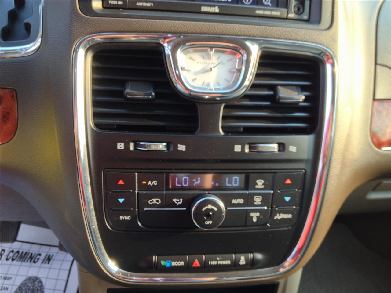2014 chrysler town and country touring 4dr mini van in for Rz motors inc hettinger nd