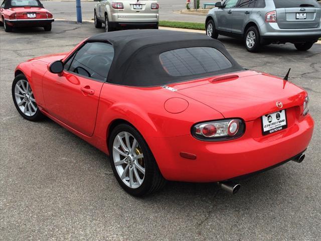 2006 Mazda MX-5 Miata Sport 2dr Convertible - Wichita KS