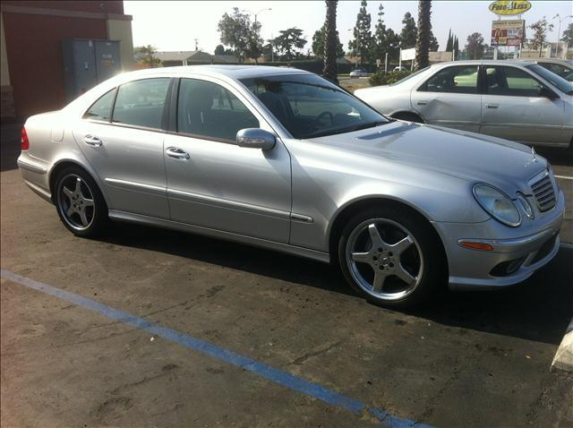 2005 MERCEDES-BENZ E-CLASS E500 silver vehicle recently serviced  smoged warranty 6 months6000