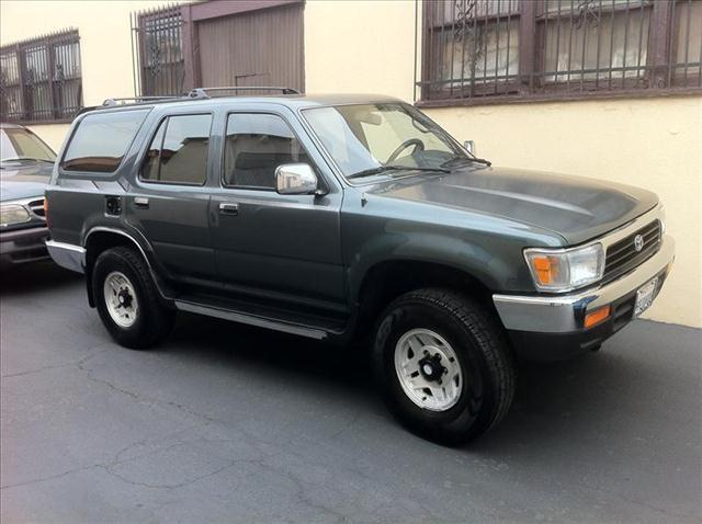 1993 TOYOTA 4RUNNER SR5 V6 4WD unspecified toyota 4runner sr5  v6 ac at amfm cd 4x4  vehicl