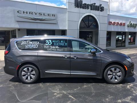 2017 Chrysler Pacifica Hybrid for sale in Union Grove, WI