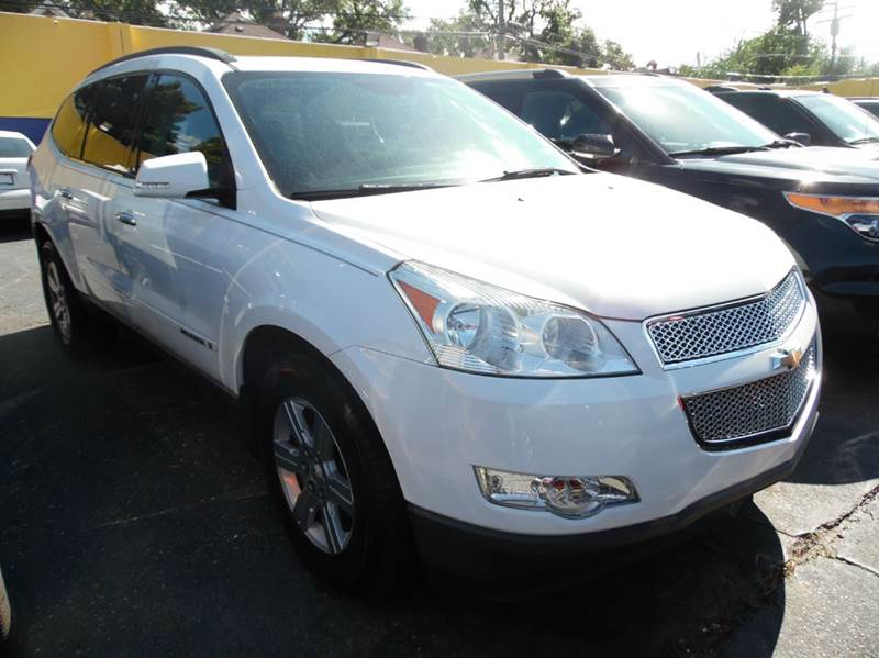 2009 Chevrolet Traverse  Miles 96798Color WHITE 9 Stock 1214 VIN 1GNER23D49S133889
