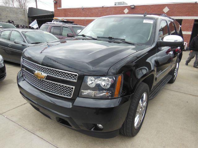 2009 Chevrolet Tahoe  Miles 167000Color Black VIN 1GNFK33079R303536