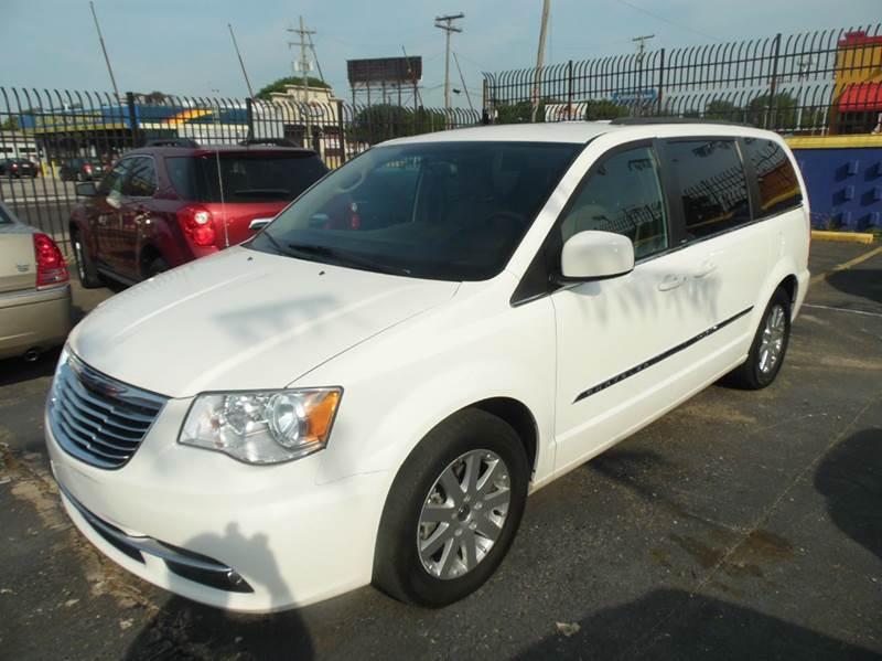 2013 Chrysler Town  Country  Miles 122043Color WHITE 16 Stock 1213 VIN 2C4RC1BG1DR509587