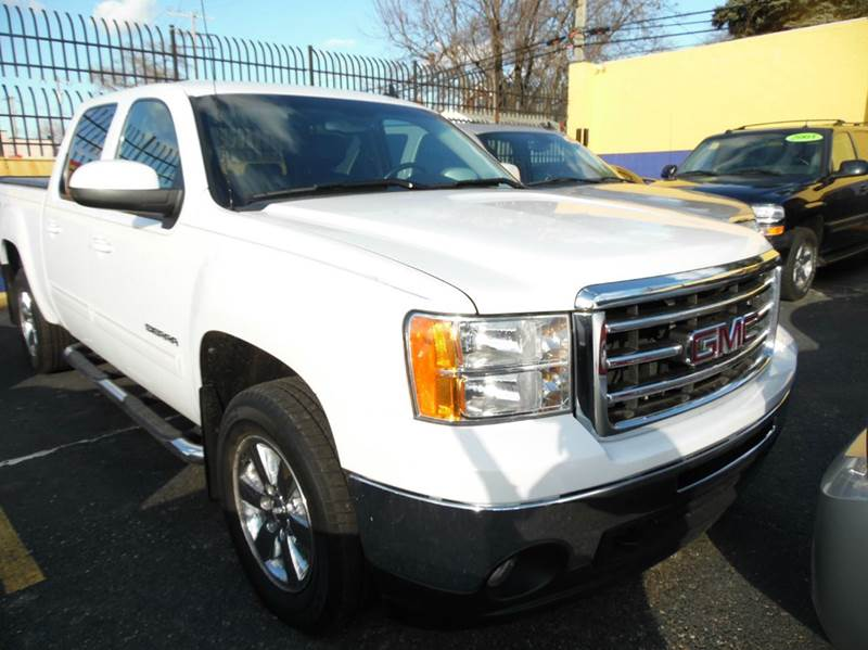 2010 Gmc Sierra 1500  Miles 103306Color white Stock 1278 VIN 3GTRKWE31AG135802