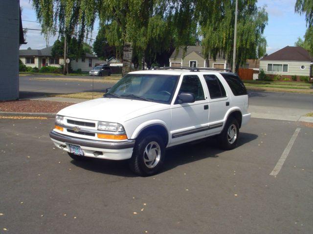 2000 Chevrolet S-10 Blazer