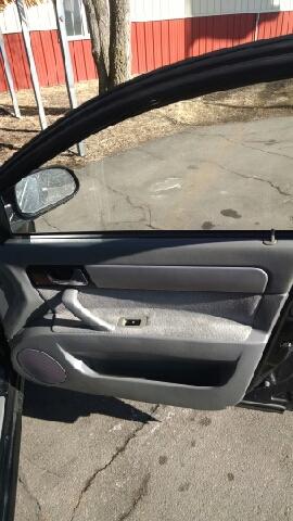 2005 Suzuki Forenza LX 4dr Sedan - Sauk Rapids MN