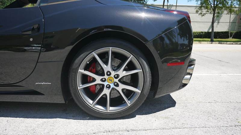 2011 Ferrari California Base 2dr Convertible - Doral FL