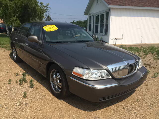 2004 Lincoln Town Car for sale in Coldwater MI