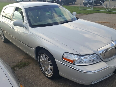 2007 Lincoln Town Car for sale in Coldwater, MI