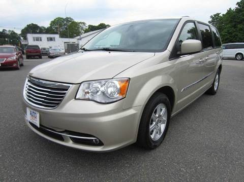 2013 Chrysler Town and Country for sale in Middleton, MA
