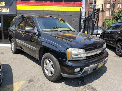 2002 Chevrolet TrailBlazer for sale in Newark, NJ