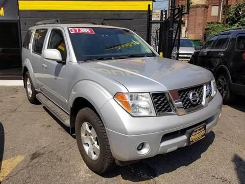 2006 Nissan Pathfinder for sale in Newark NJ