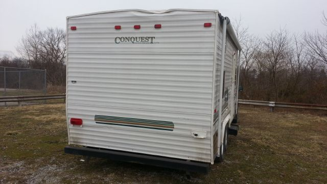 2004 Gulf Stream Conquest  - Ellsworth PA
