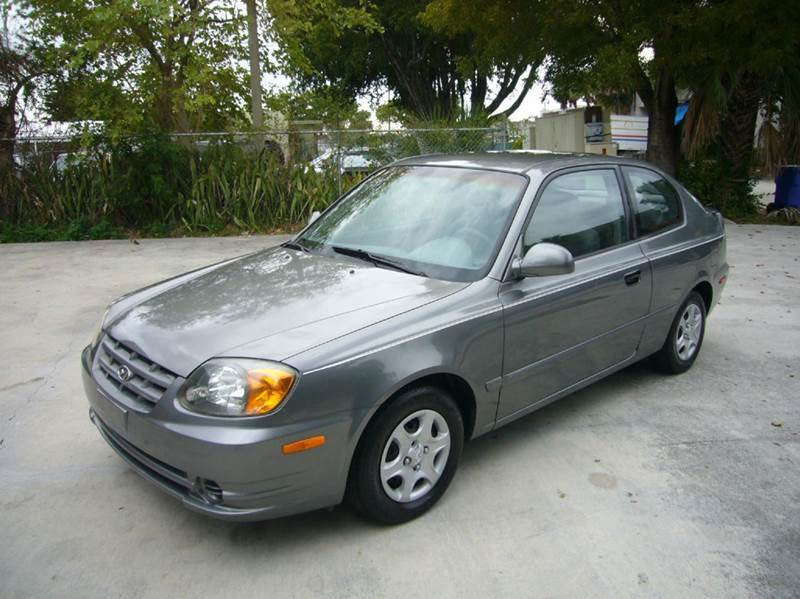 2004 hyundai accent gt 2dr hatchback in fort lauderdale fl. Black Bedroom Furniture Sets. Home Design Ideas