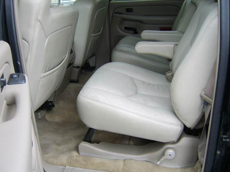 2004 Chevrolet Suburban 1500 Z71 4WD 4dr SUV - Crystal Lake IL