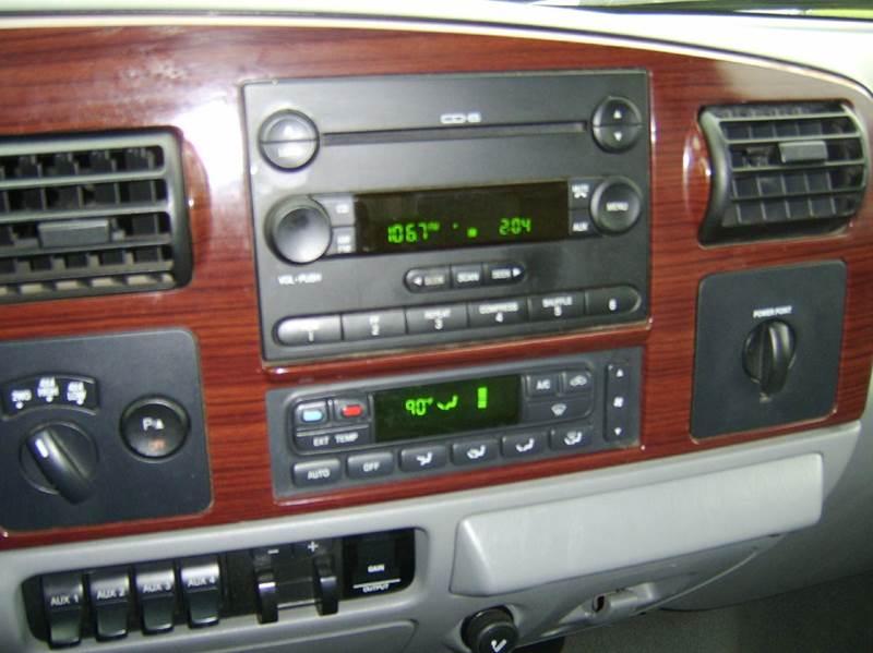 2006 Ford F-350 Super Duty Lariat 4dr Crew Cab 4WD SB DRW - Crystal Lake IL
