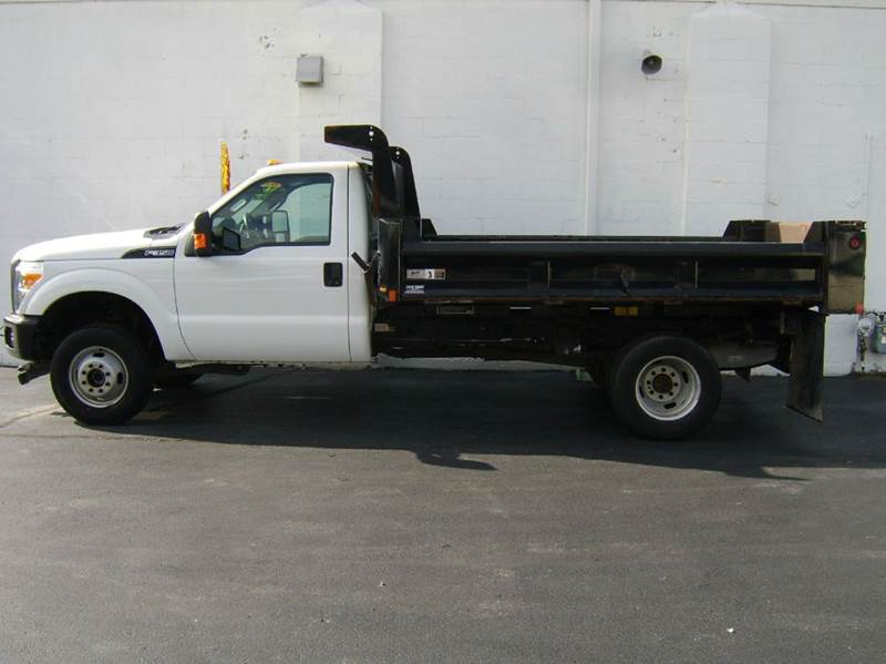 2012 Ford F-350 Super Duty 4x4 XLT 2dr Regular Cab 165 in. WB DRW Chassis - Crystal Lake IL
