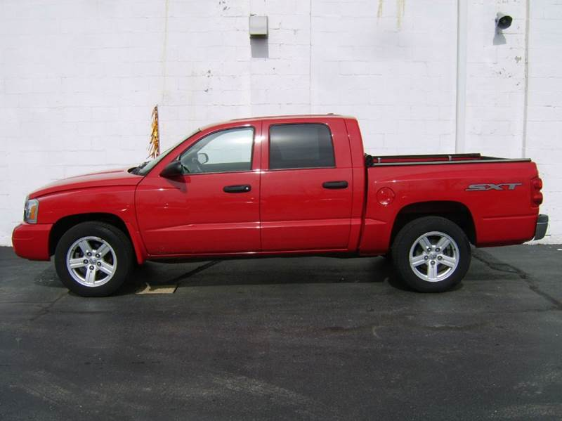 2007 Dodge Dakota ST 4dr Quad Cab 4x4 SB - Crystal Lake IL