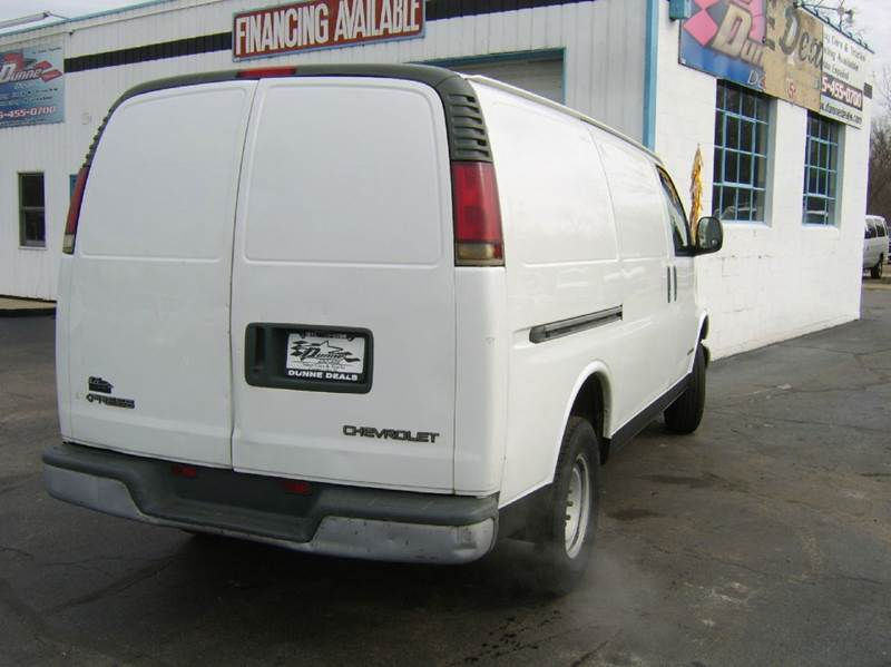 2001 Chevrolet Express Cargo 2500 3dr Van - Crystal Lake IL
