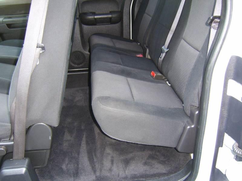 2010 Chevrolet Silverado 1500 4x4 LT 4dr Extended Cab 8 ft. LB - Crystal Lake IL