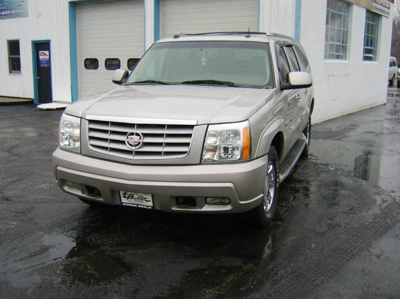 2004 Cadillac Escalade ESV AWD Platinum Edition 4dr SUV - Crystal Lake IL