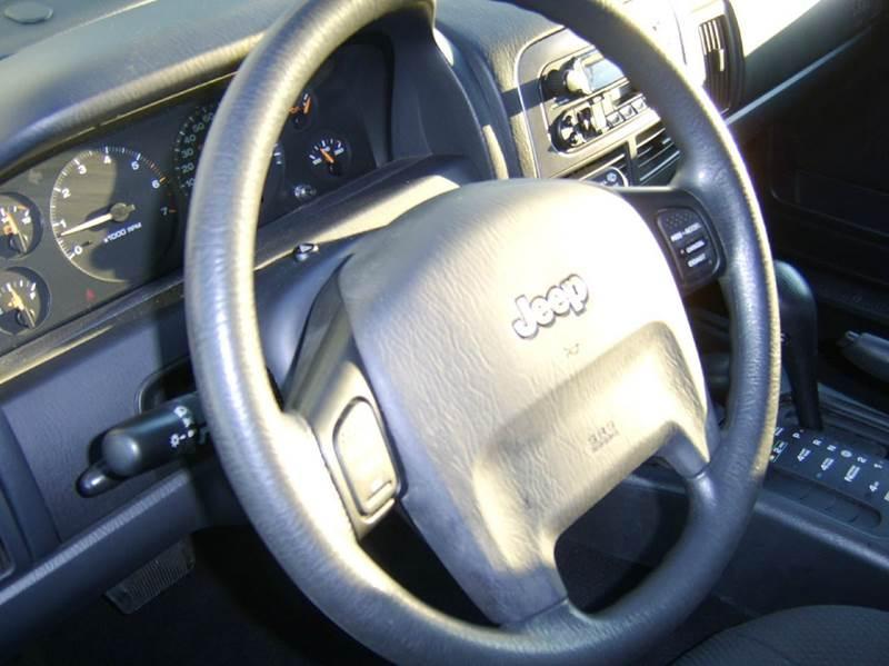 2002 Jeep Grand Cherokee Laredo 4dr 4WD SUV - Crystal Lake IL