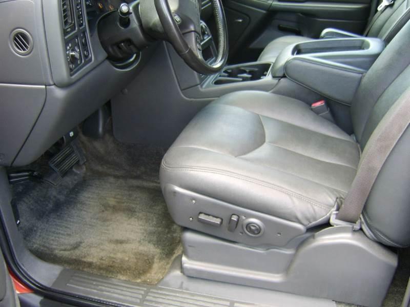 2003 Chevrolet Avalanche 1500 4dr 4WD Crew Cab SB - Crystal Lake IL