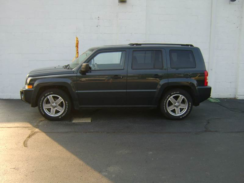 2008 Jeep Patriot Sport 4x4 4dr SUV w/CJ1 Side Airbag Package - Crystal Lake IL