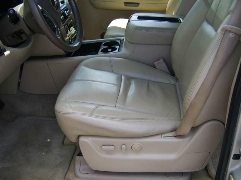 2007 GMC Yukon SLT 4dr SUV 4x4 w/4SB w/ SLT-2 Package - Crystal Lake IL