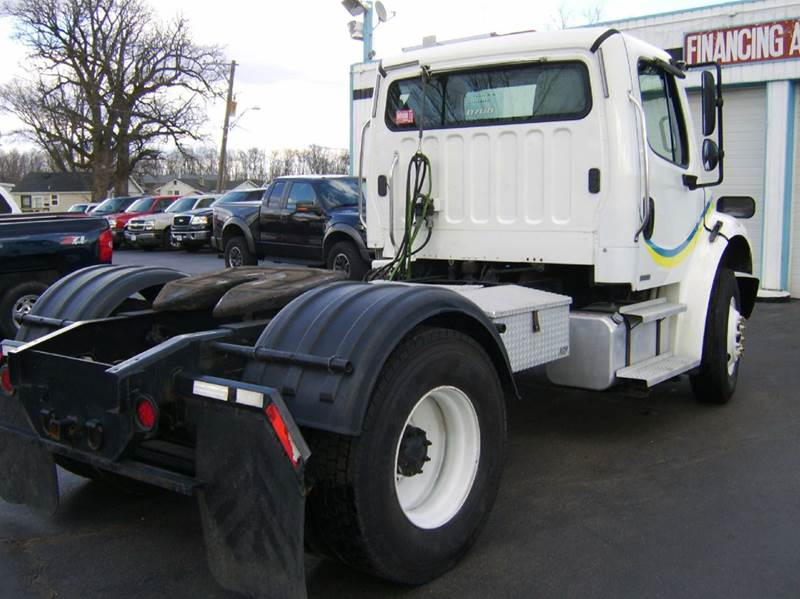 2005 Freightliner BUSING SS CLASS M2 CLASS M2 - Crystal Lake IL