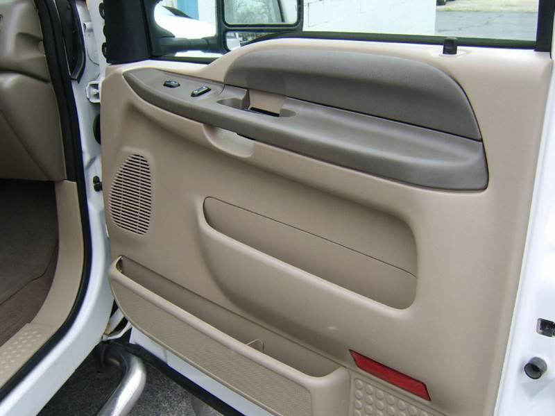 2004 Ford F-250 Super Duty 4dr Crew Cab XLT 4WD SB - Crystal Lake IL