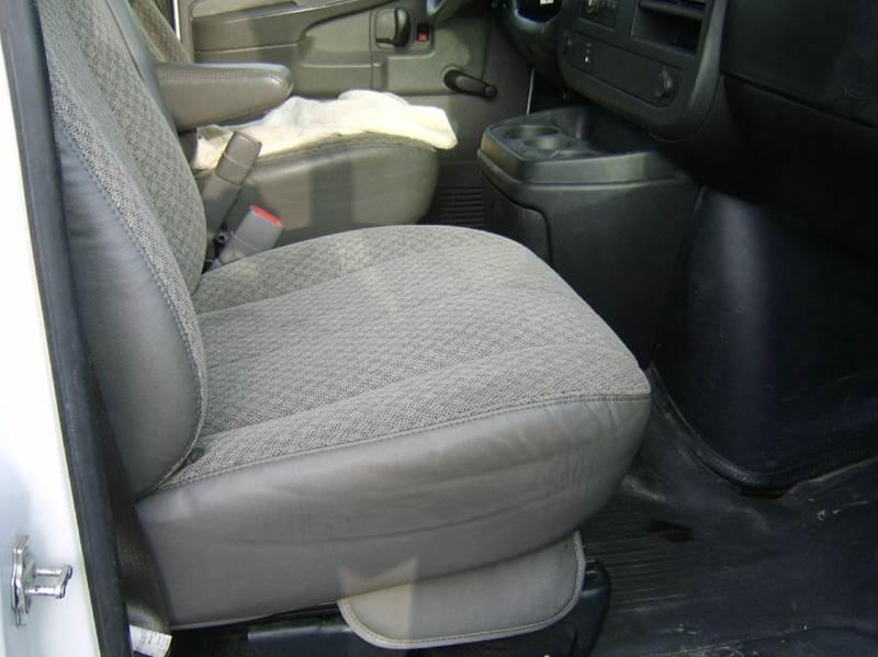 2009 Chevrolet Express Cargo 3500 3dr Cargo Van - Crystal Lake IL